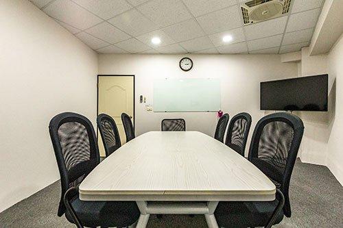 南東館會議室